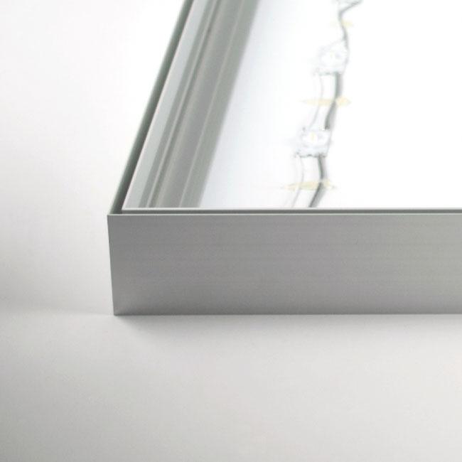 frame met LED verlichting