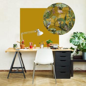 zelfklevend-behang-ZERO en behangpanelen BERND-vierkant-en-cirkel-bovenbureau-oker-A